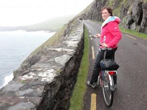 Op de fiets de Slea Head Drive: prachtig uitzicht op zee!