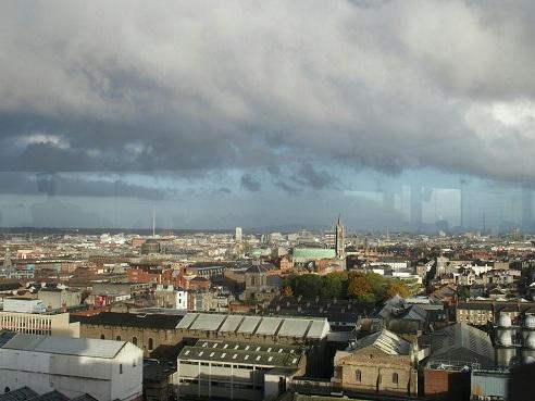 Uitzicht vanaf de prachtige Gravity Bar: je hebt vanaf hier een geweldig uitzicht over de hele stad!