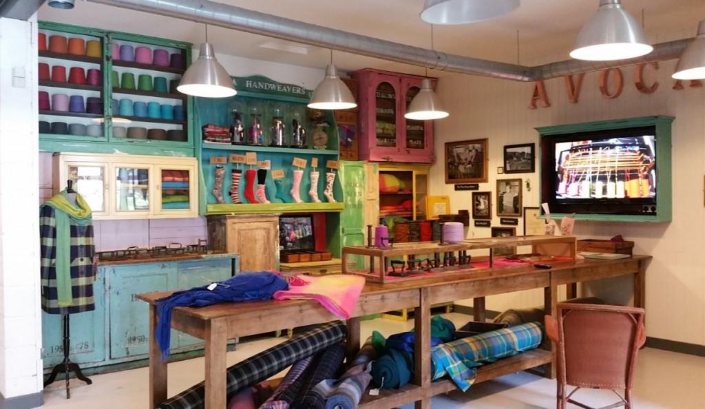 Een kijkje binnen bij de Avoca Handweavers.