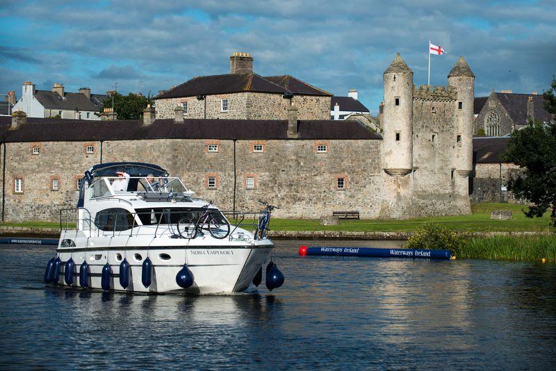 Het imposante Enniskillen Castle is misschien wel het mooist aan de buitenzijde!