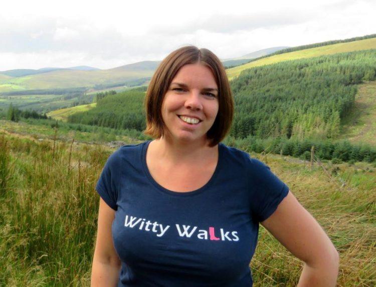 Cathelijne komt uit Nederland, maar woont in Wicklow. Als persoonlijke gids neemt zij toeristen graag mee naar de mooiste plaatsen van Wicklow en Dublin.