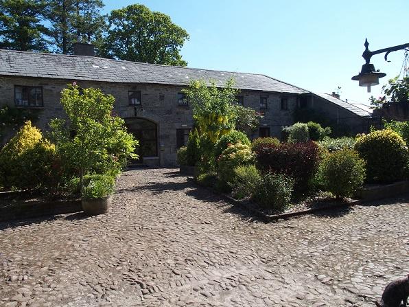 Binnenplaats van het Ballinacourty House