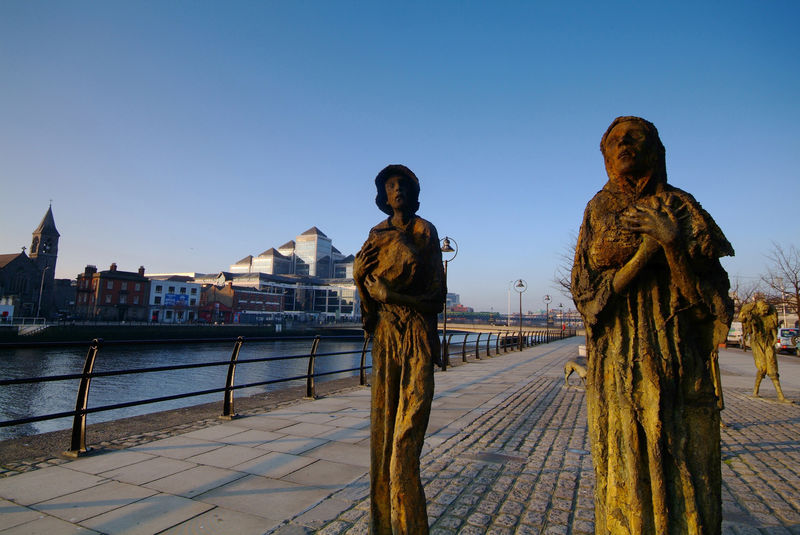 "Famine Memorial in Dublin (foto: ""Failte Ireland)"