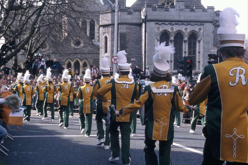 St. Patricks Day wordt in Dublin feestelijk gevierd met een festival en parade!