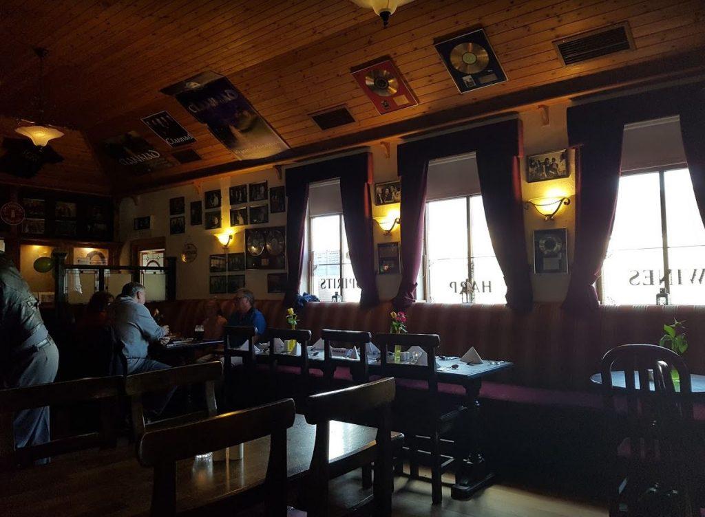 Leo's Taverne Enya Clannad Donegal